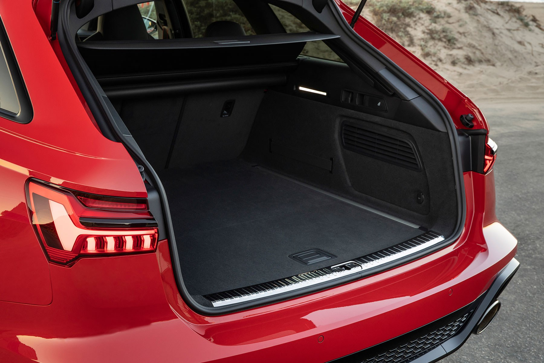 Audi RS6 boot