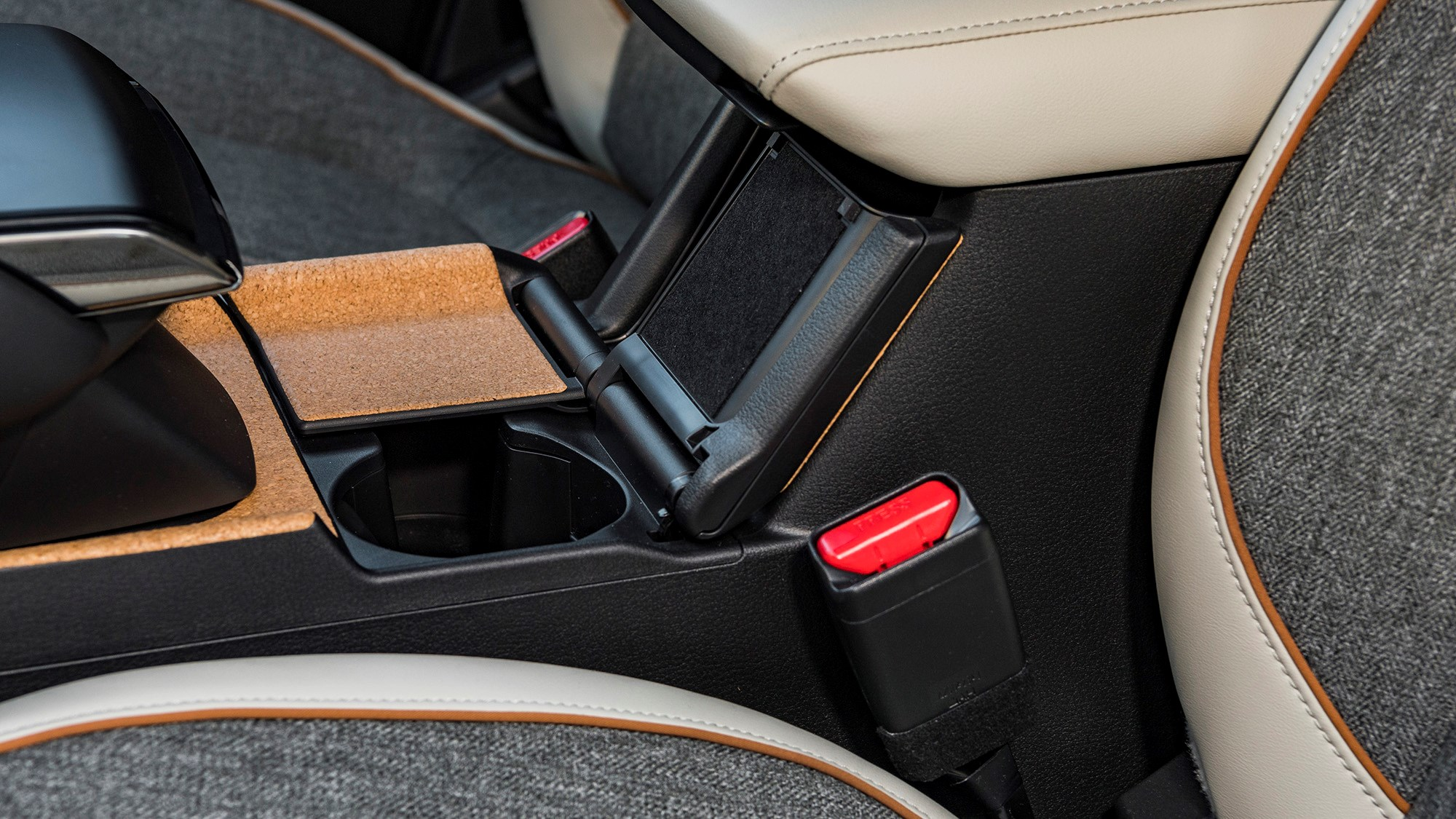 Cork cupholder covers