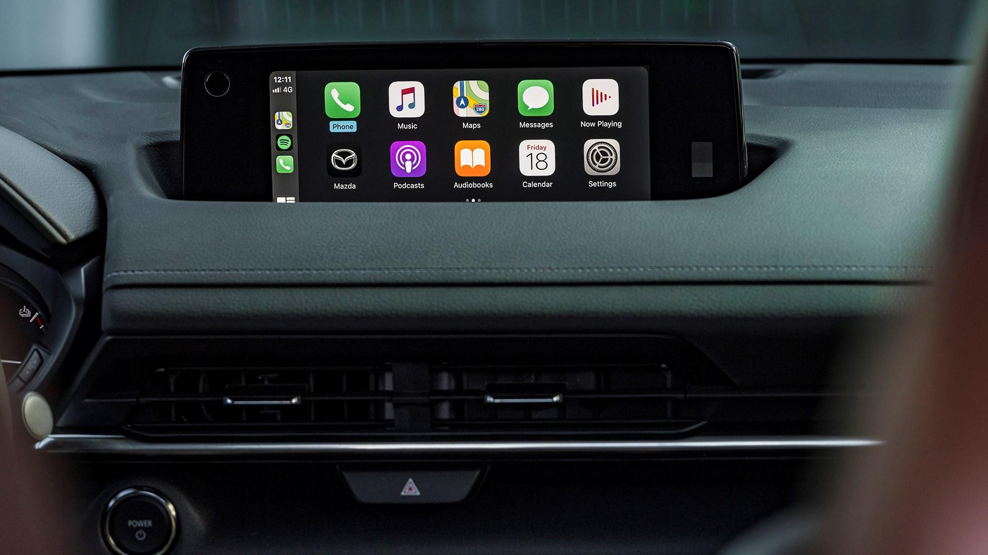 Apple CarPlay is now standard