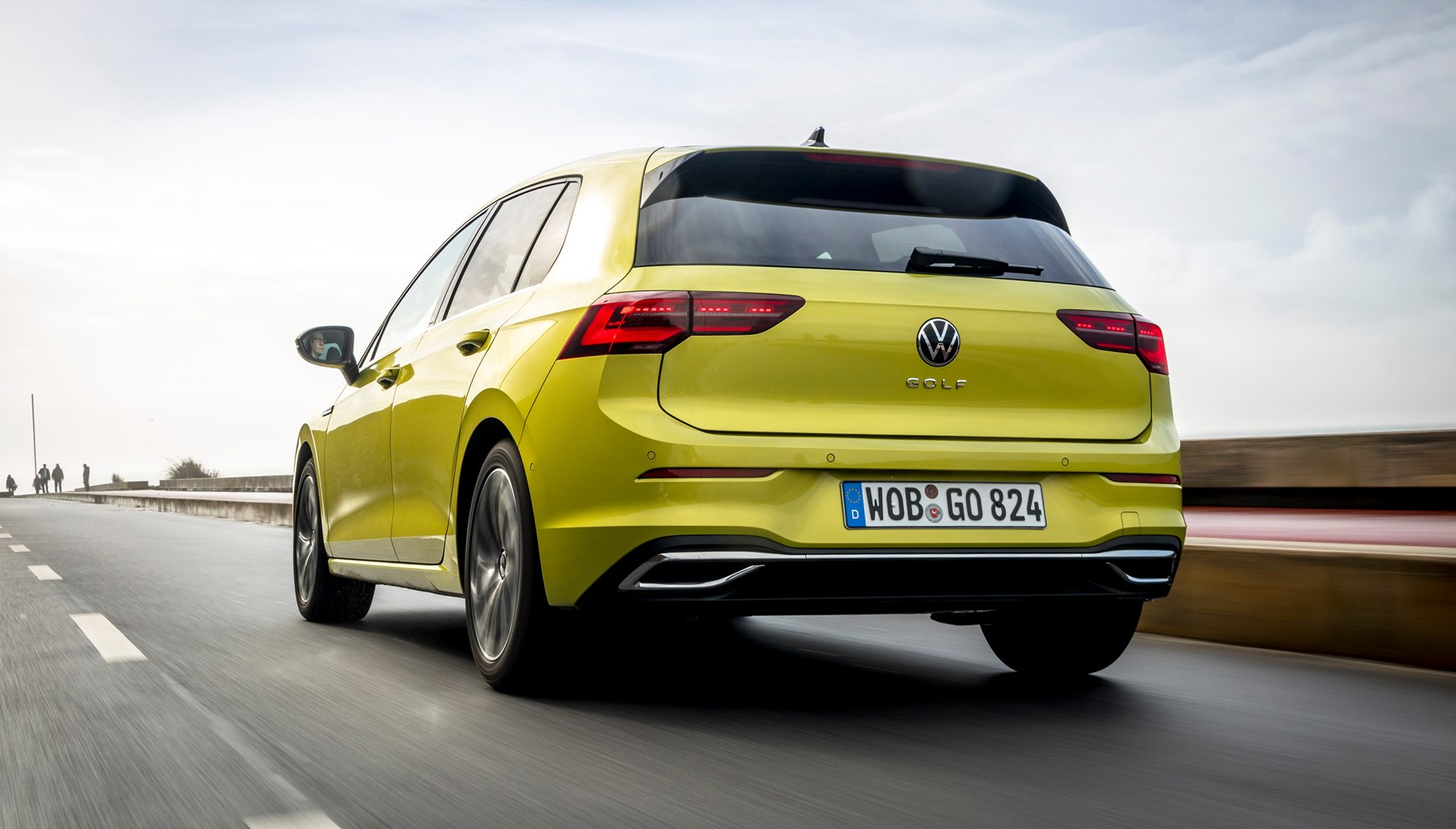 VW Golf rear tracking