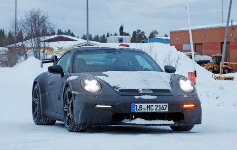 Spied on winter test: the new 2020 Porsche 911 GT3