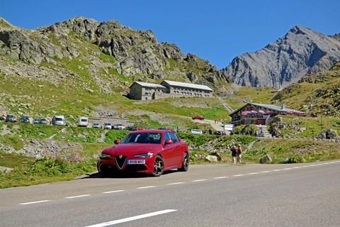 Alfa Romeo Giulia Quadrifoglio 2019 Sustenstrasse peak