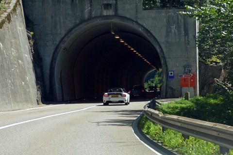 Abarth 124 Spider Swiss tunnel