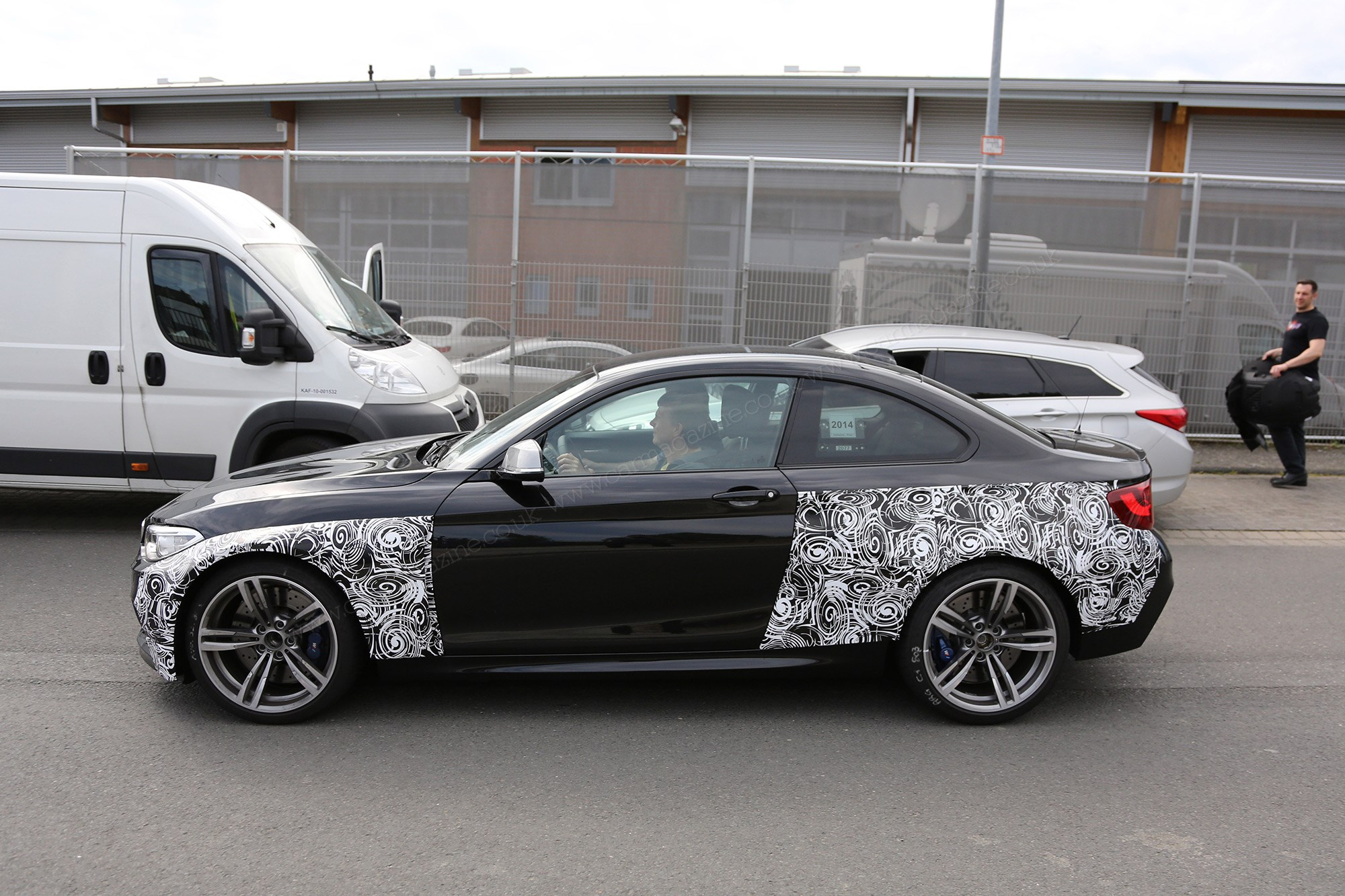 BMW Was An Early Pioneer Of The Swirly Whirly Black And White Look For Trompe Loeiul Effect