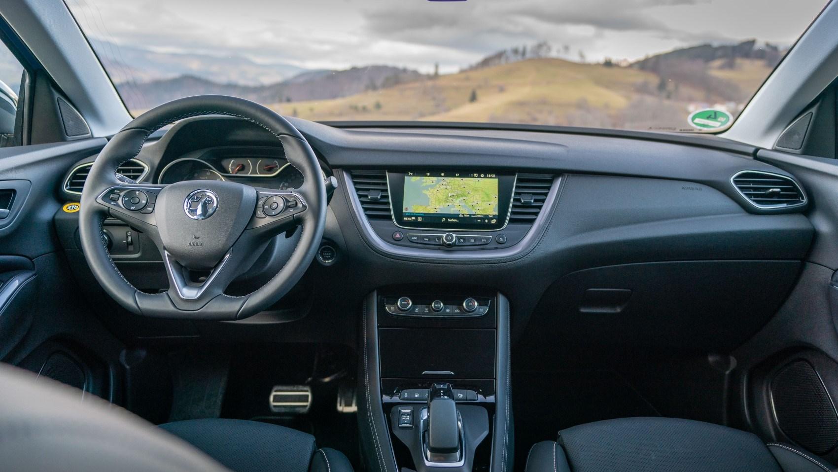 2020 Vauxhall Grandland X Hybrid4, interior