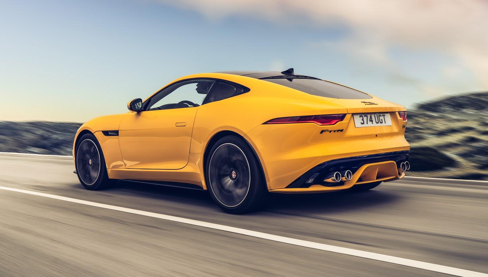 Jaguar F-Type R rear tracking