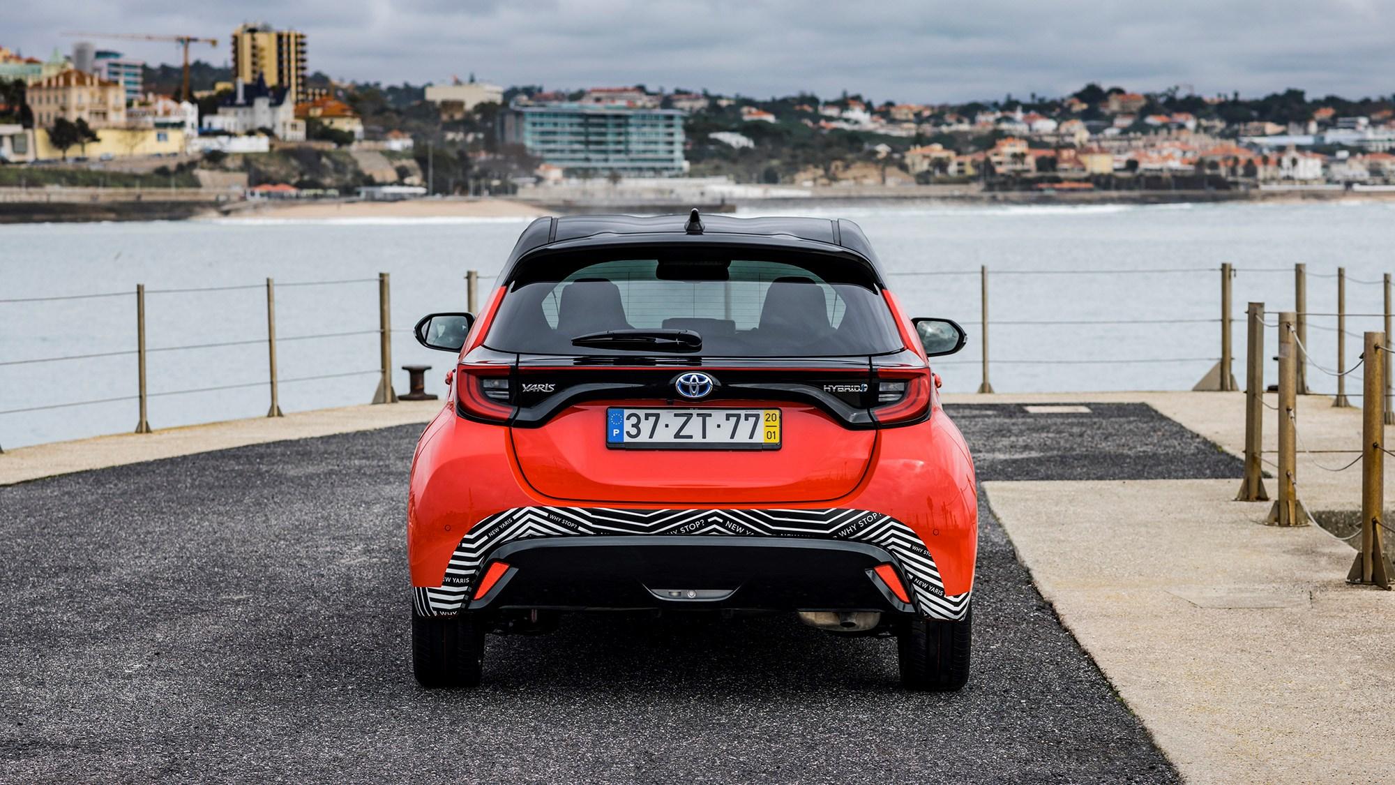 Toyota Yaris Hybrid 2020 rear