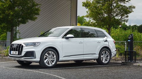White 2021 Audi Q7 TFSIe