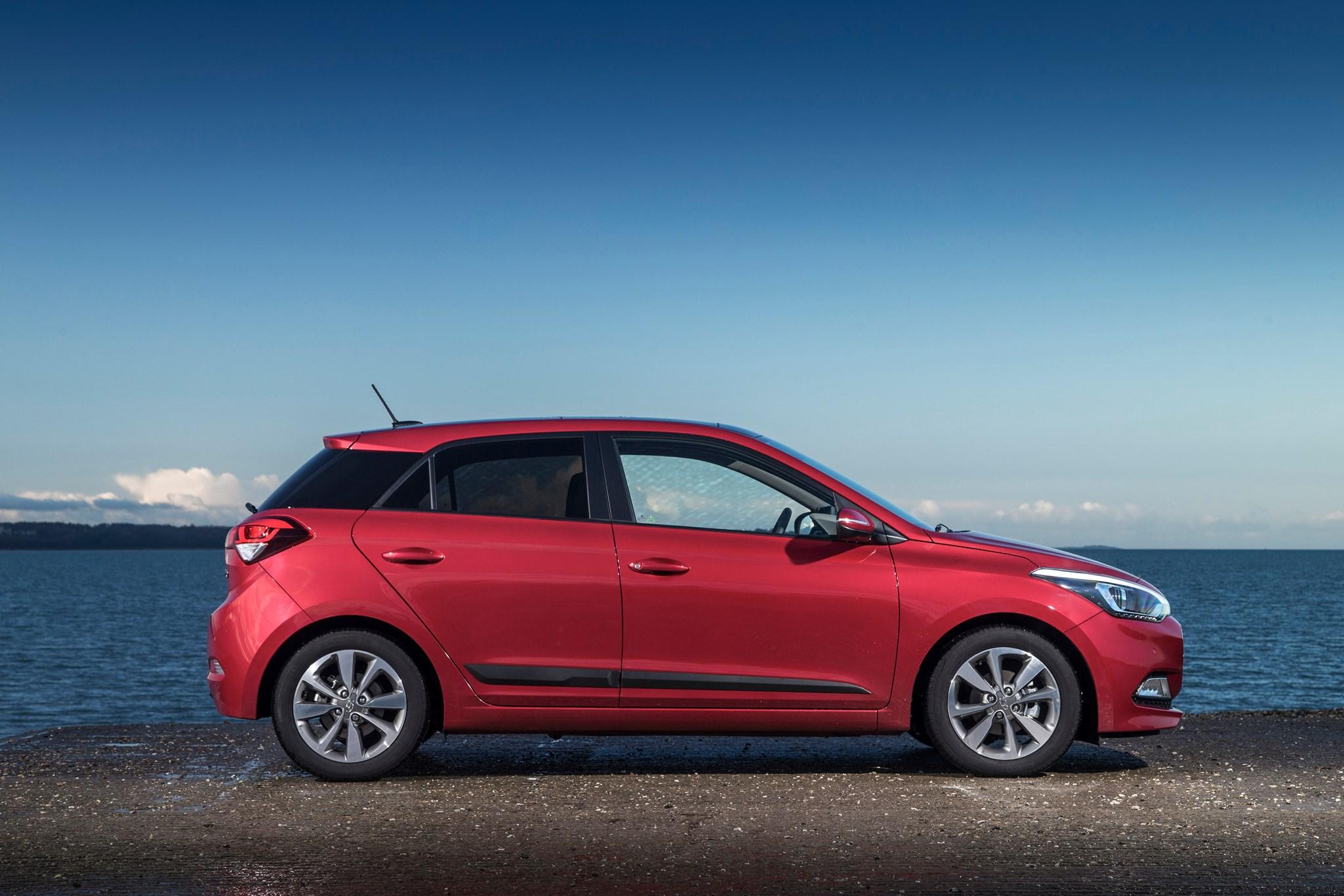 Hyundai Lease Deals >> Hyundai i20 1.4 SE (2015) review by CAR Magazine