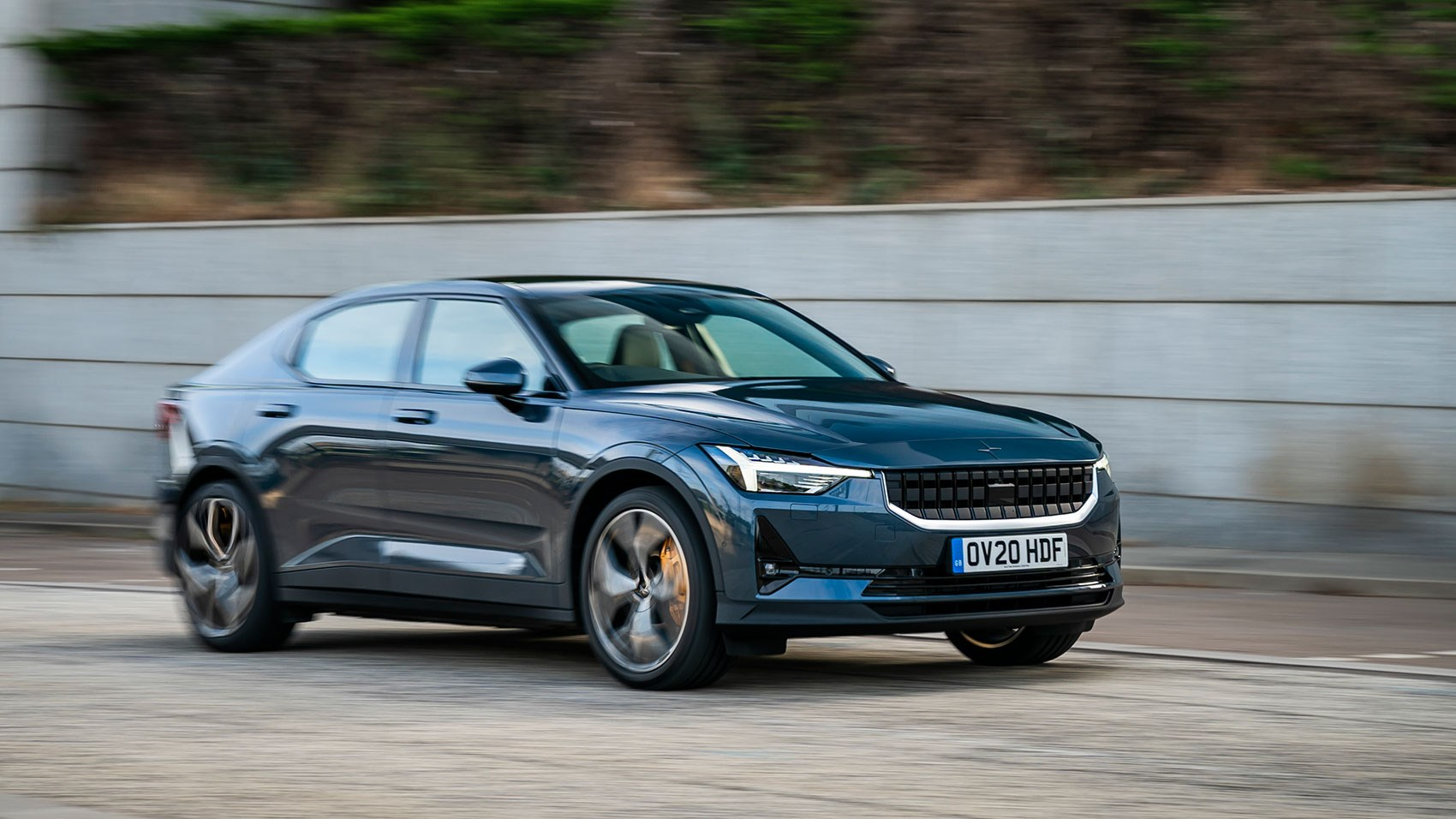 New 2020 Polestar 2 review