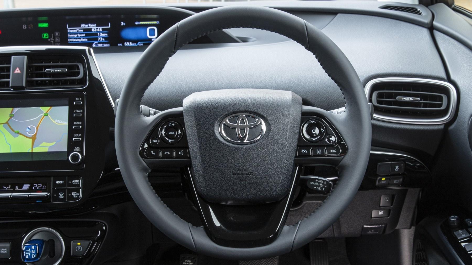 2020 Toyota Prius Plug-in, interior