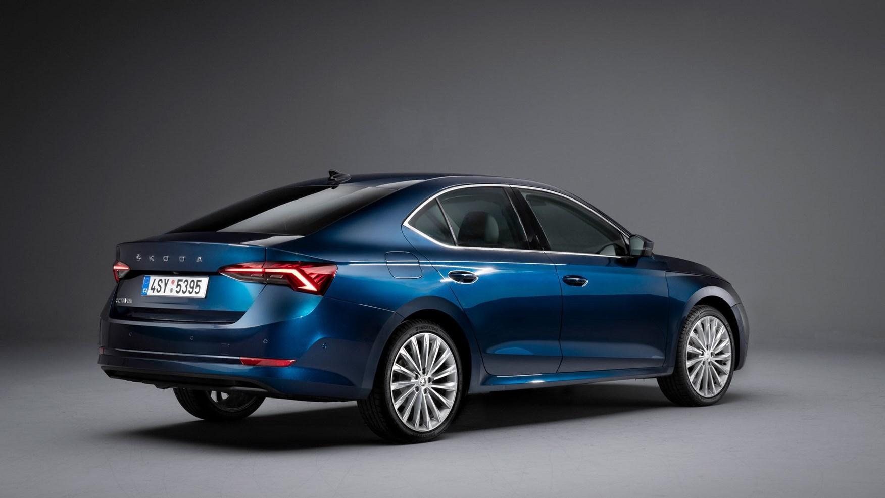 Skoda Octavia vRS iV plug-in hybrid revealed | CAR Magazine