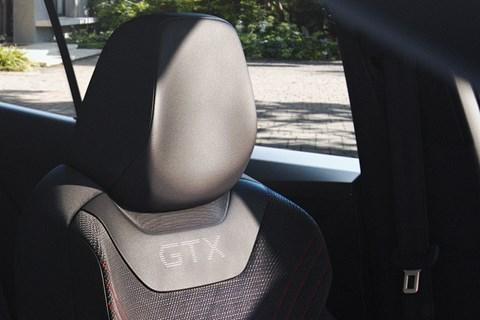 id4 gtx seat