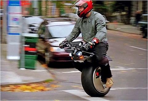 Ryno: halfway Segway, half bike