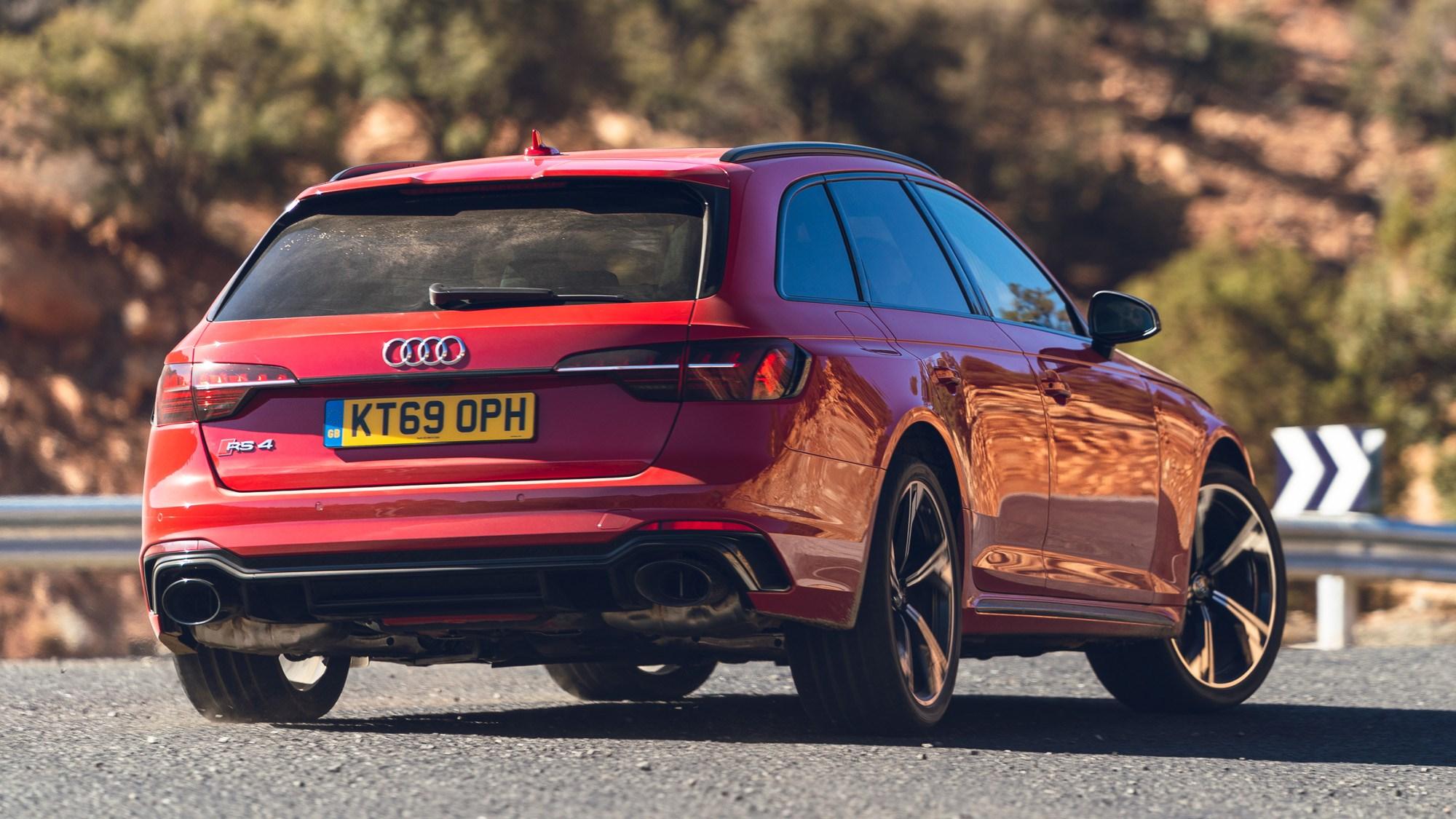 RS4 rear cornering