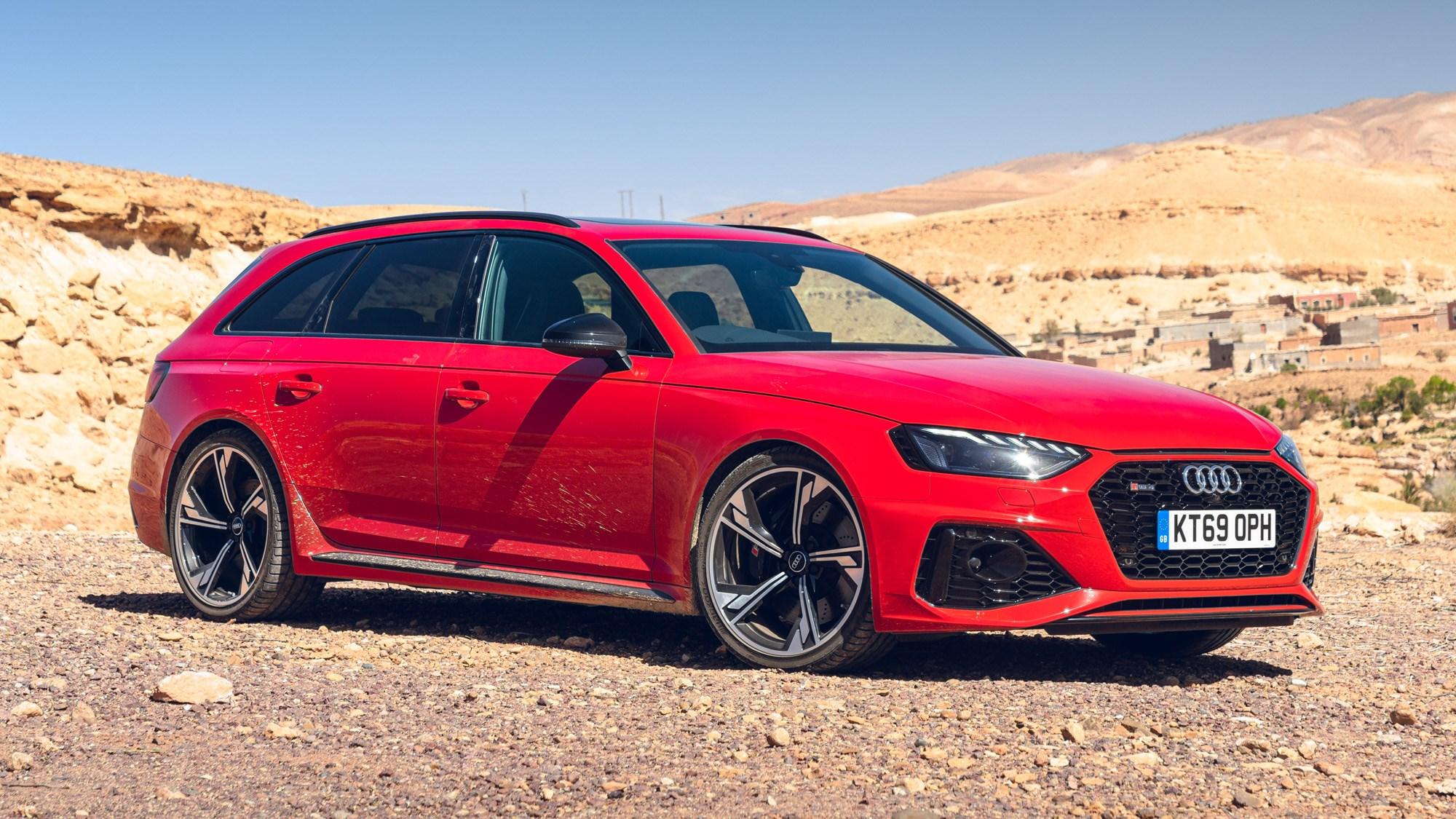 Audi RS4 Avant static