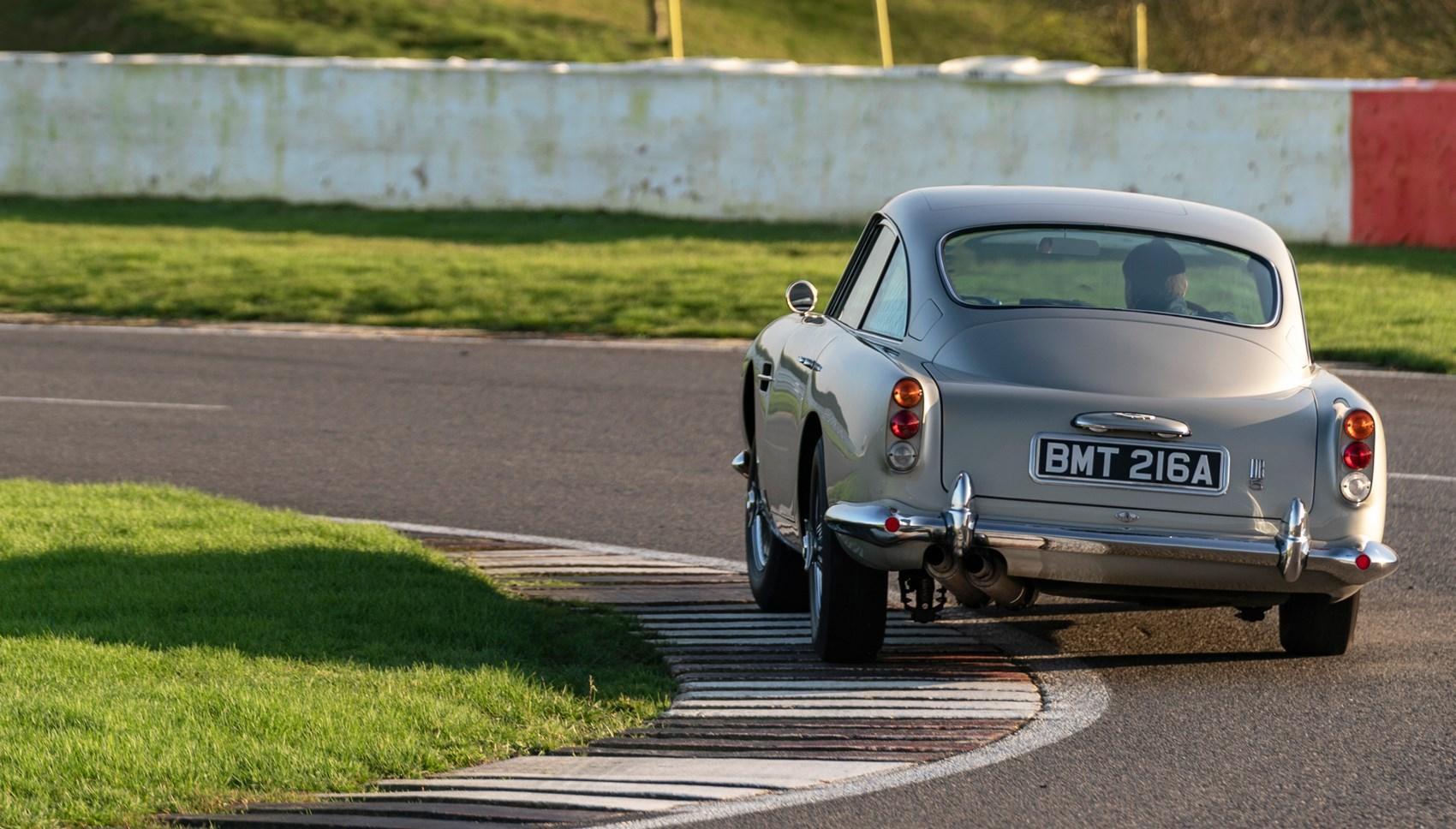 DB5 rear cornering