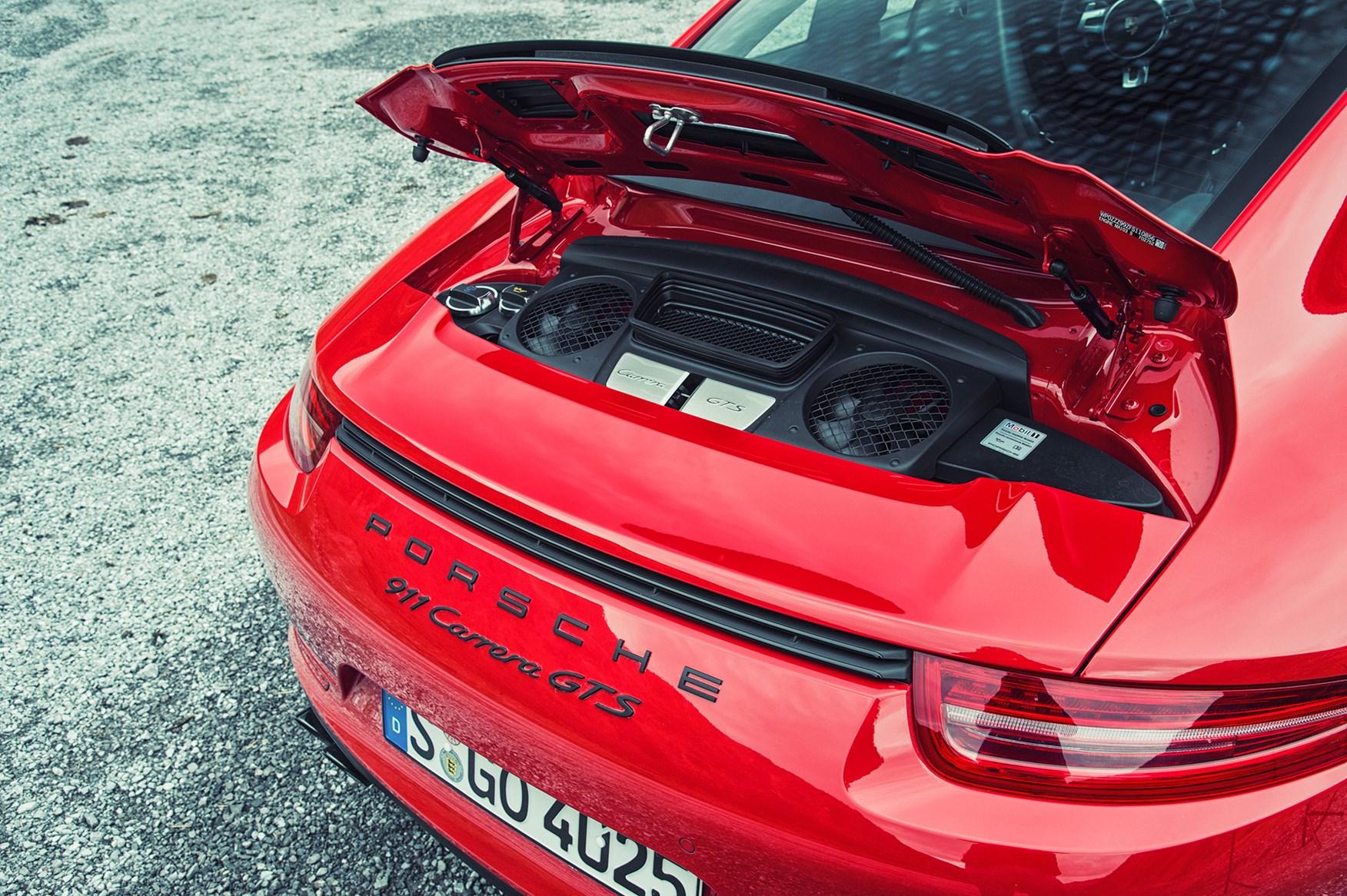 Mercedes Amg Gts Vs Porsche 911 Gts 2015 Review Car Magazine