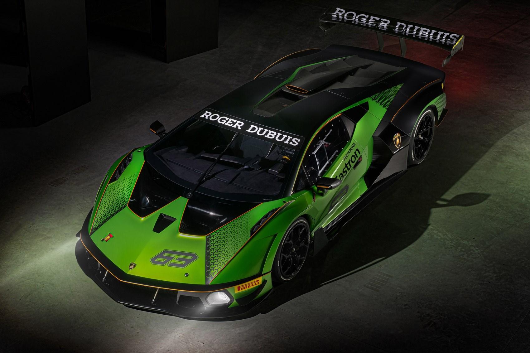 Squadra Corse builds a hypercar