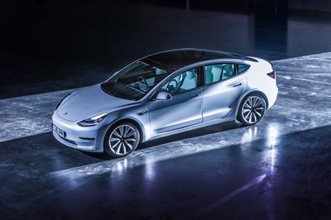 Tesla Model 3 static overhead