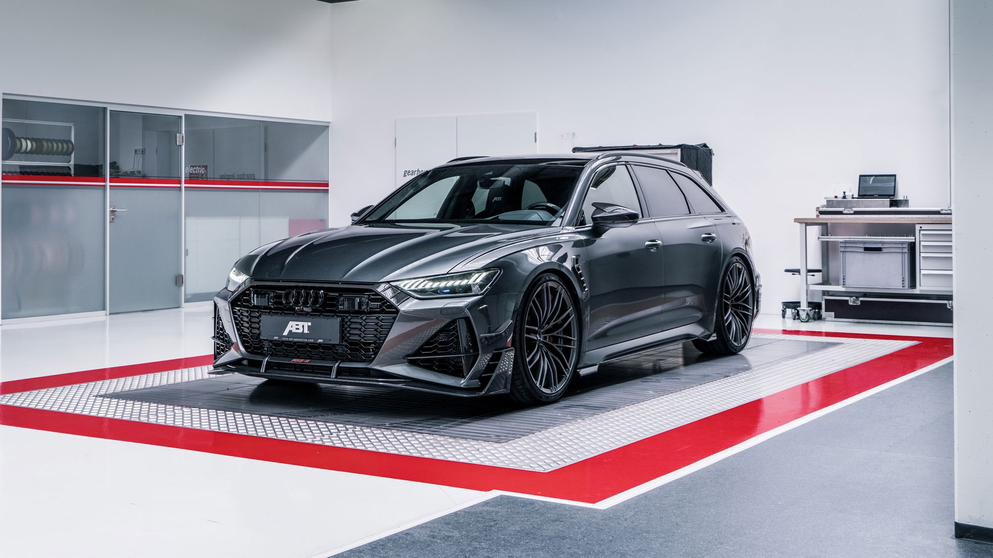 ABT unleashes super-powered 730bhp RS6-R