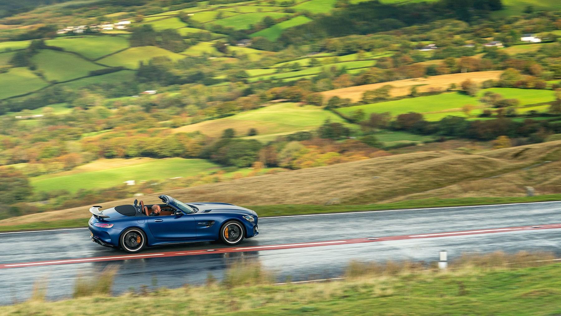 Mercedes-AMG GT R Roadster specs