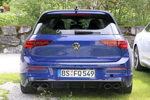 The new 2021 VW Golf R: spy photos