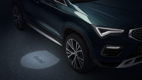 2020 SEAT Ateca - puddle light