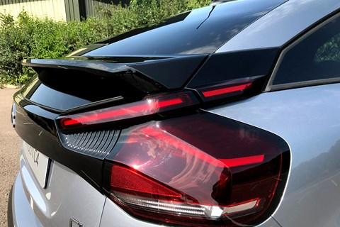 Citroen C4 (2020) rear spoiler and lights