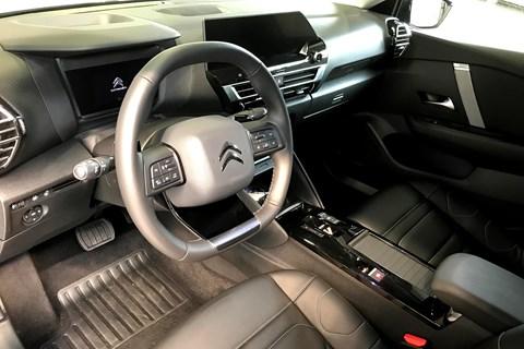 Citroen C4 (2020) interior