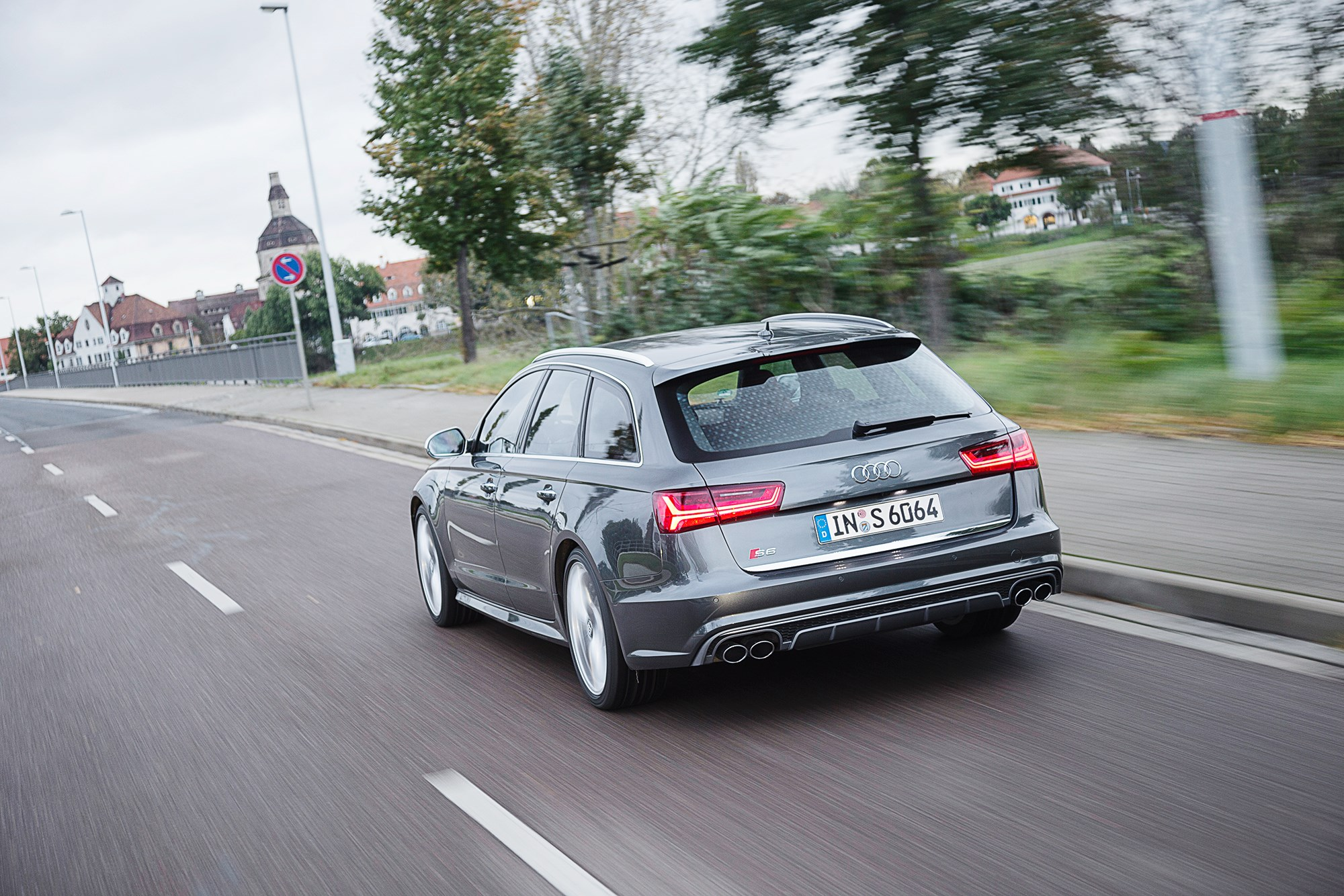 It S The Newly Facelifted 2017 Audi S6 Avant