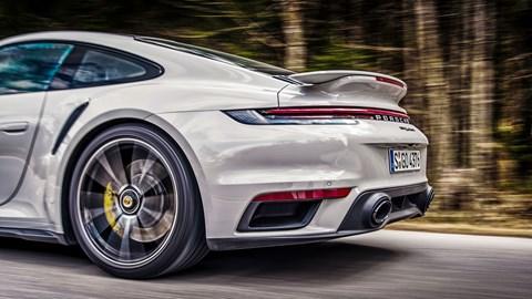 Porsche 911 Turbo S spoiler