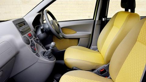 Fiat Panda Mk2 interior