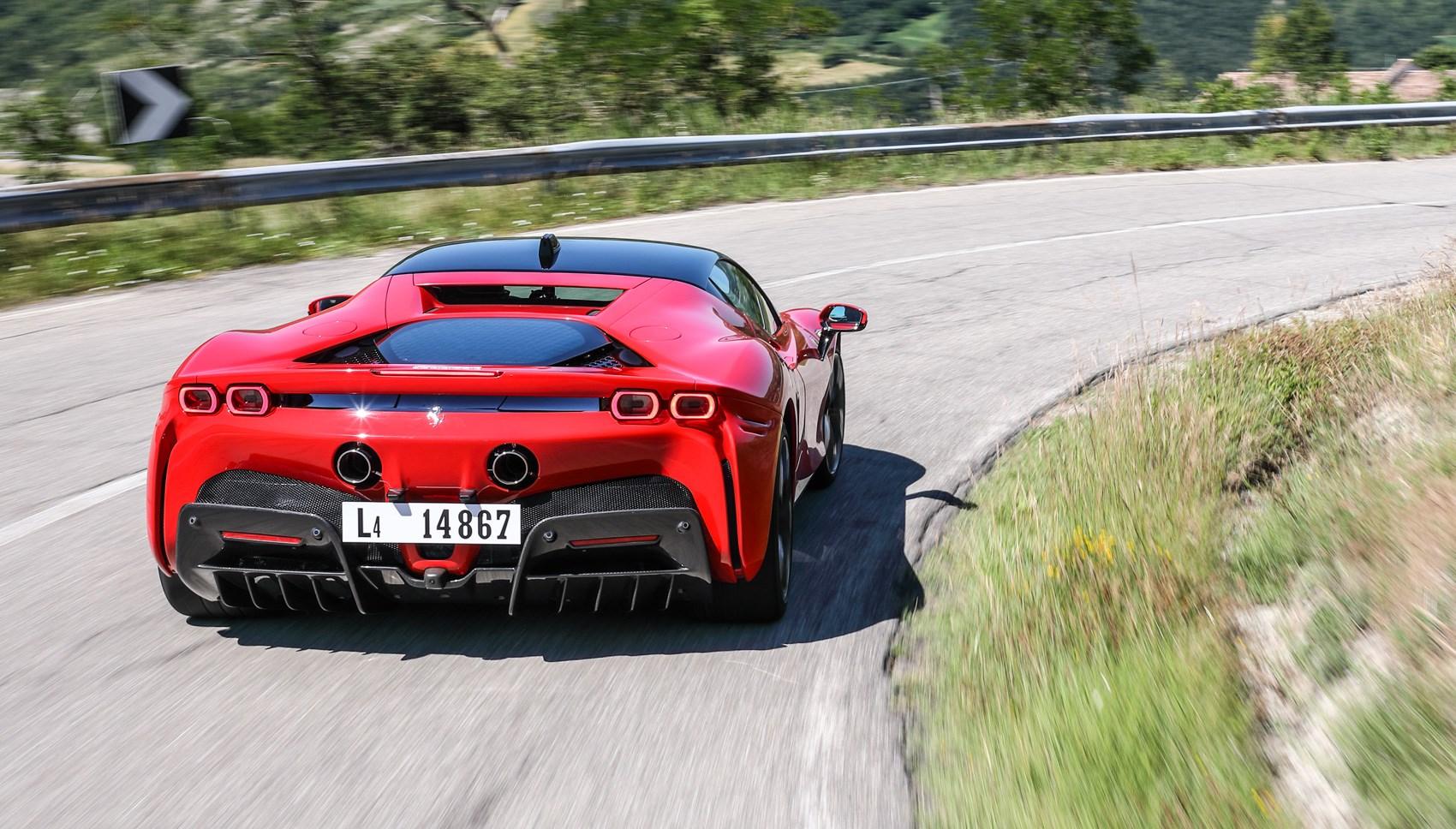 sf90 rear cornering