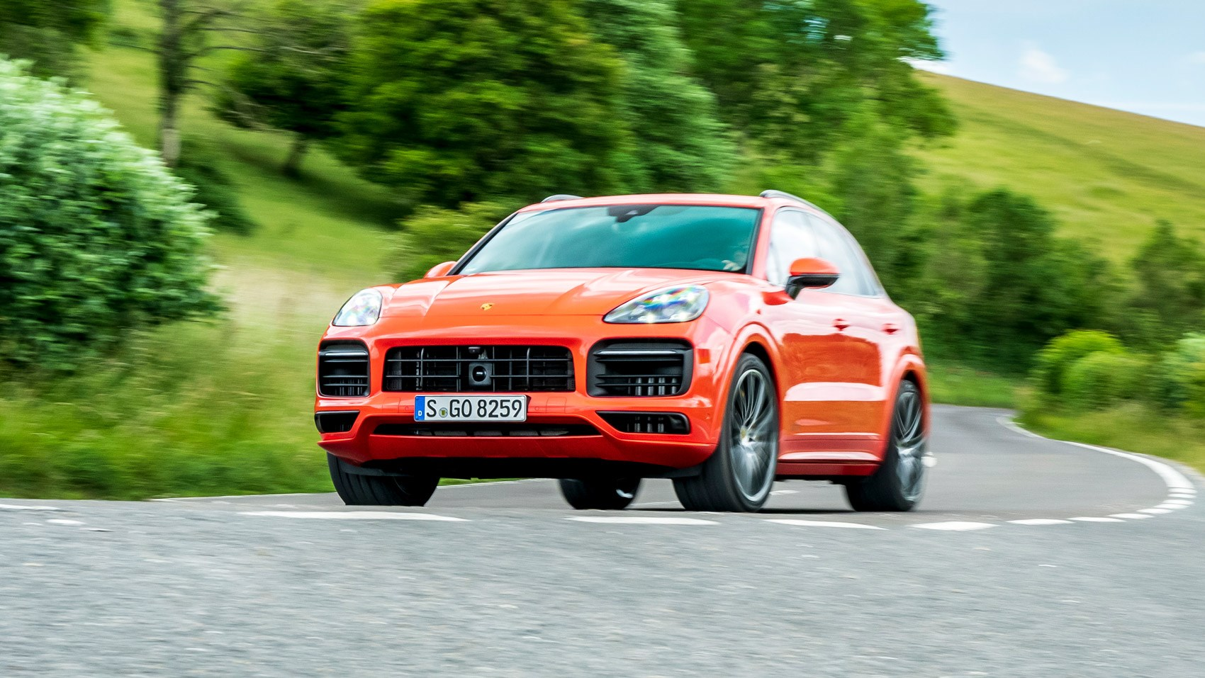 Cayenne GTS front cornering