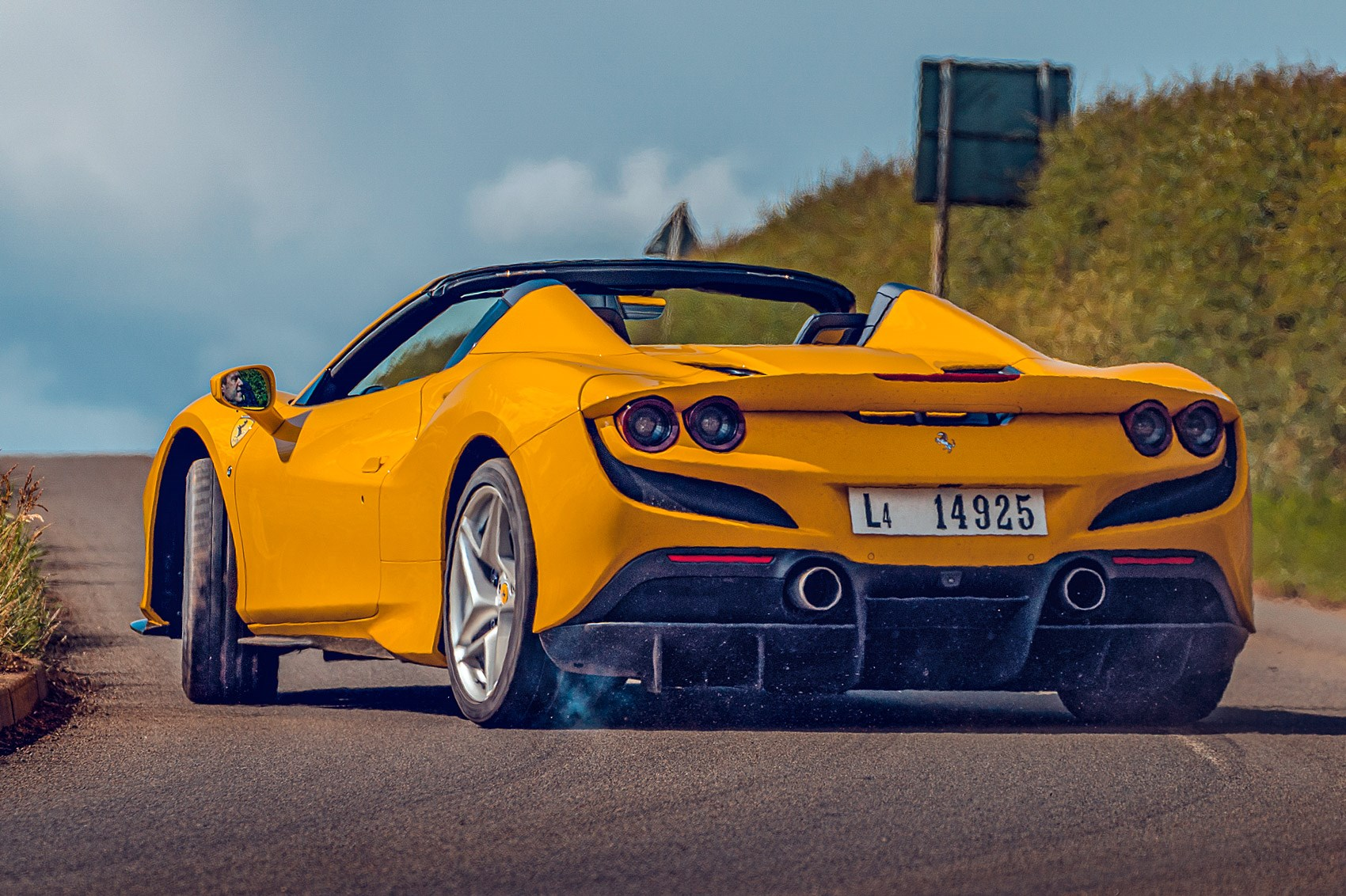 Ferrari F8 Spider 2021 Video Review It S A Scorcher Car Magazine