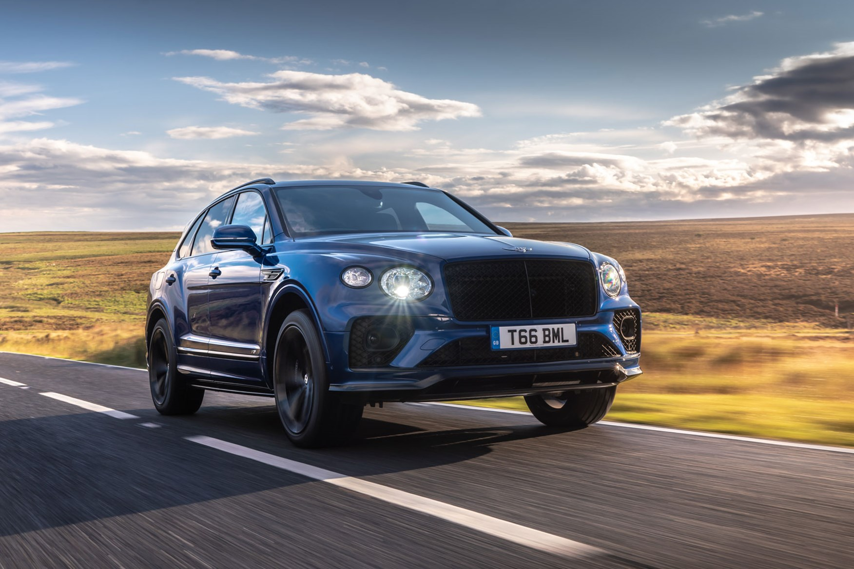New Bentley Bentayga V8 Review Nip And Tuck Car Magazine