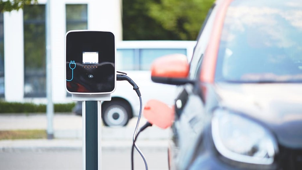 Electric car charging at home - Smart fortwo