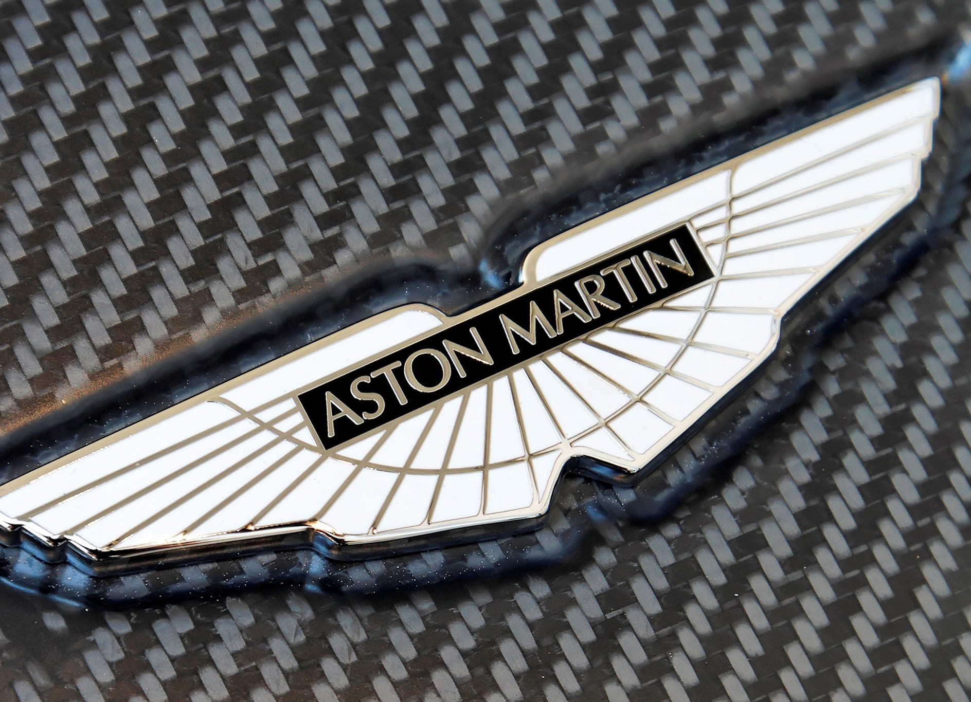 Aston Martin Vulcan 2015 The Most Extreme Aston Ever Car Magazine