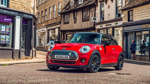Mini Electric keeps all the brand's pointless and agility: it's the most sporting choice here