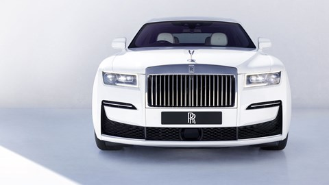 Rolls-Royce Ghost, 2020, dead-on front view, white