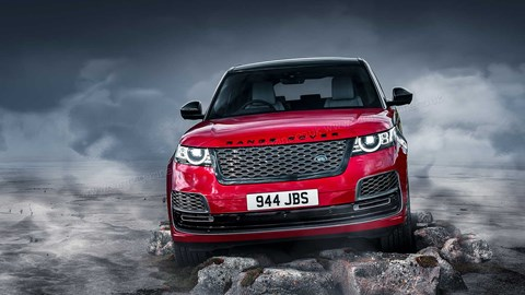 The L460 Range Rover (2021) is underpinned by the latest Jaguar Land Rover MLA tech architecture