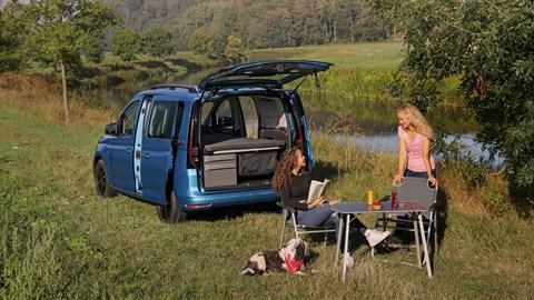 Volkswagen Caddy California - camping