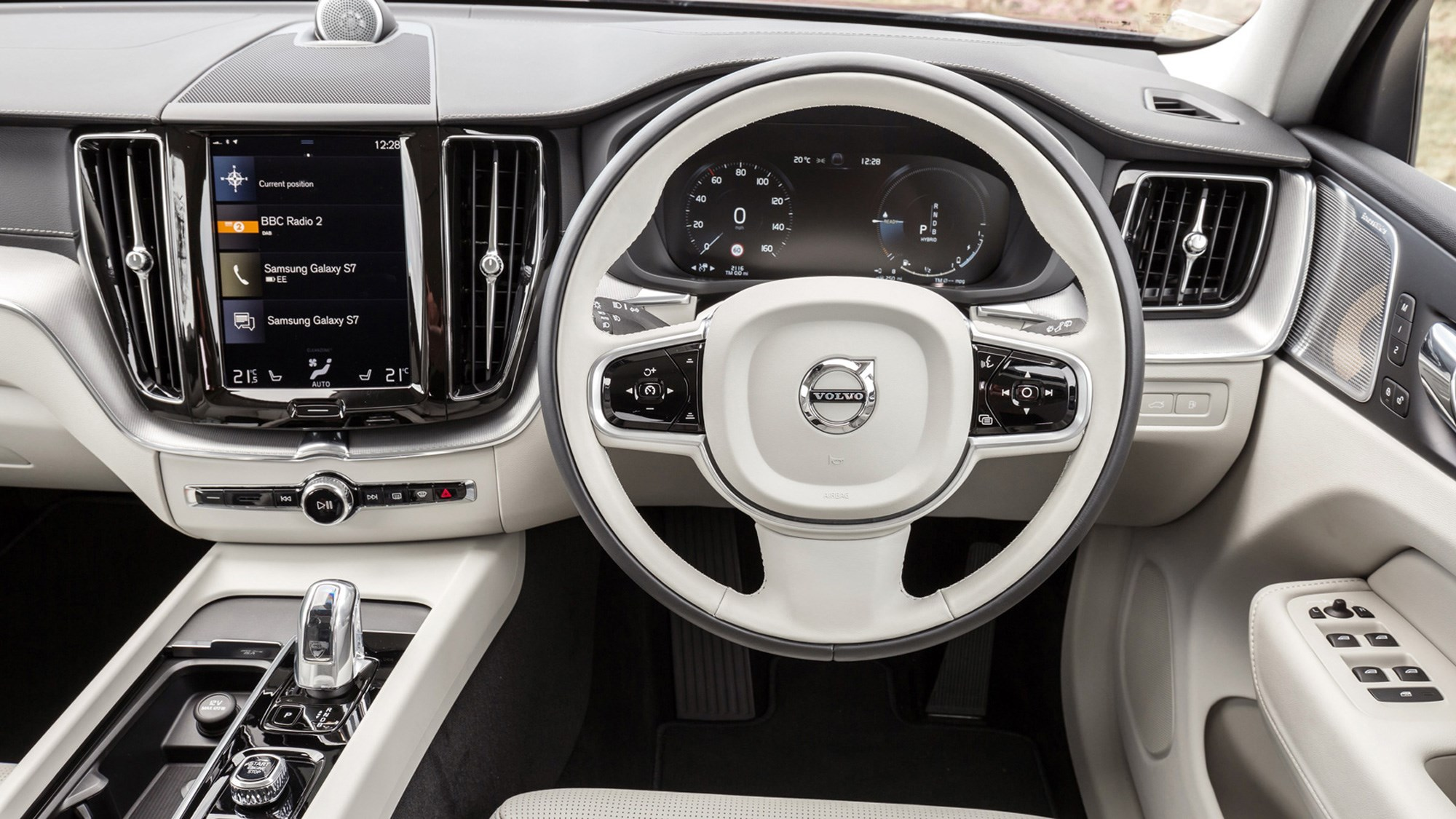 Volvo XC60 hybrid review - T8 Twin Engine plug-in driven, interior, 2020