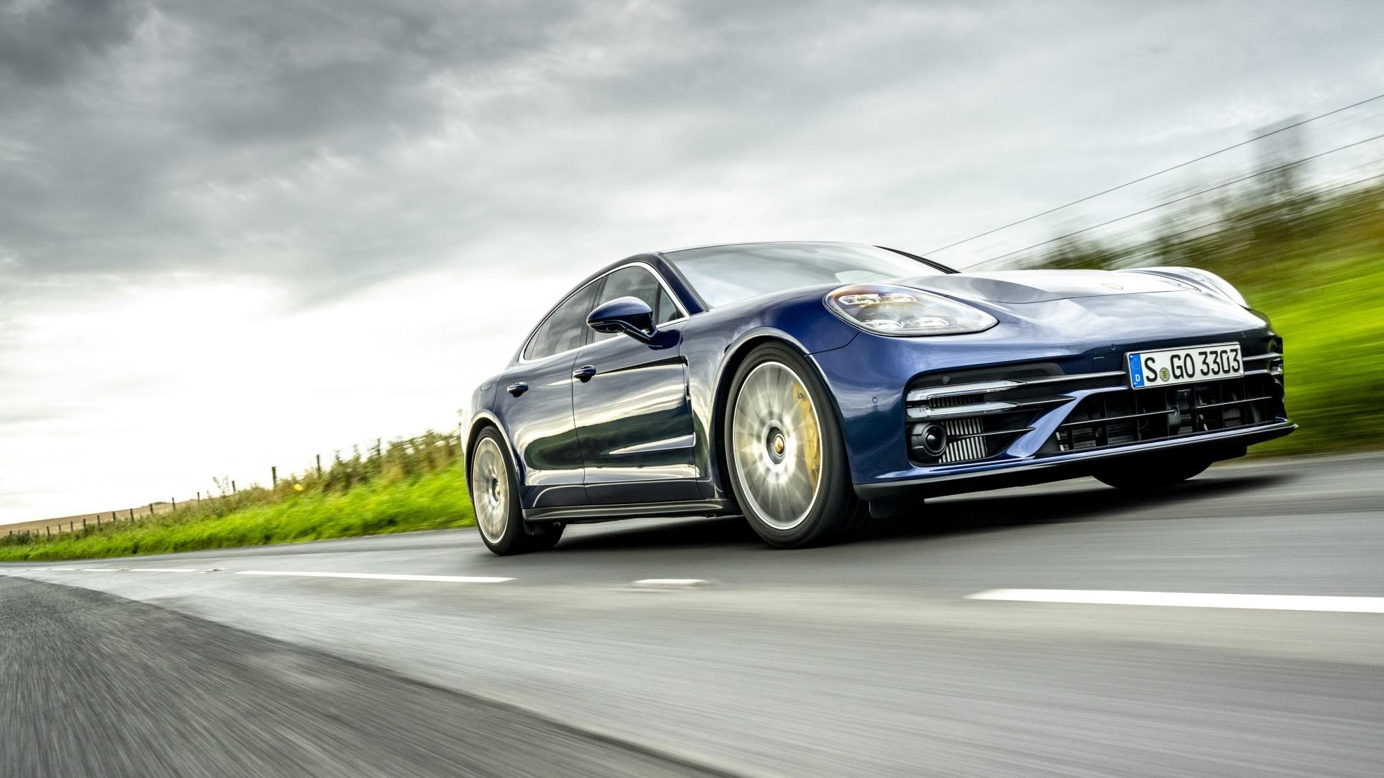 2020 Porsche Panamera Turbo S - front tracking