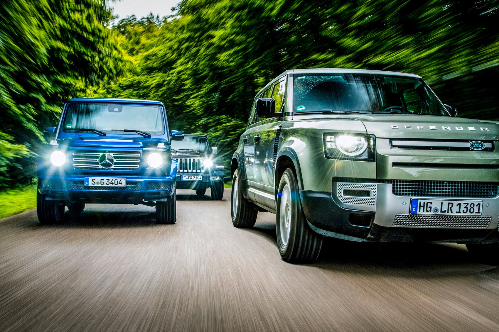 Land Rover Defender Vs Jeep Wrangler Vs Mercedes G Class Group Test Review Car Magazine
