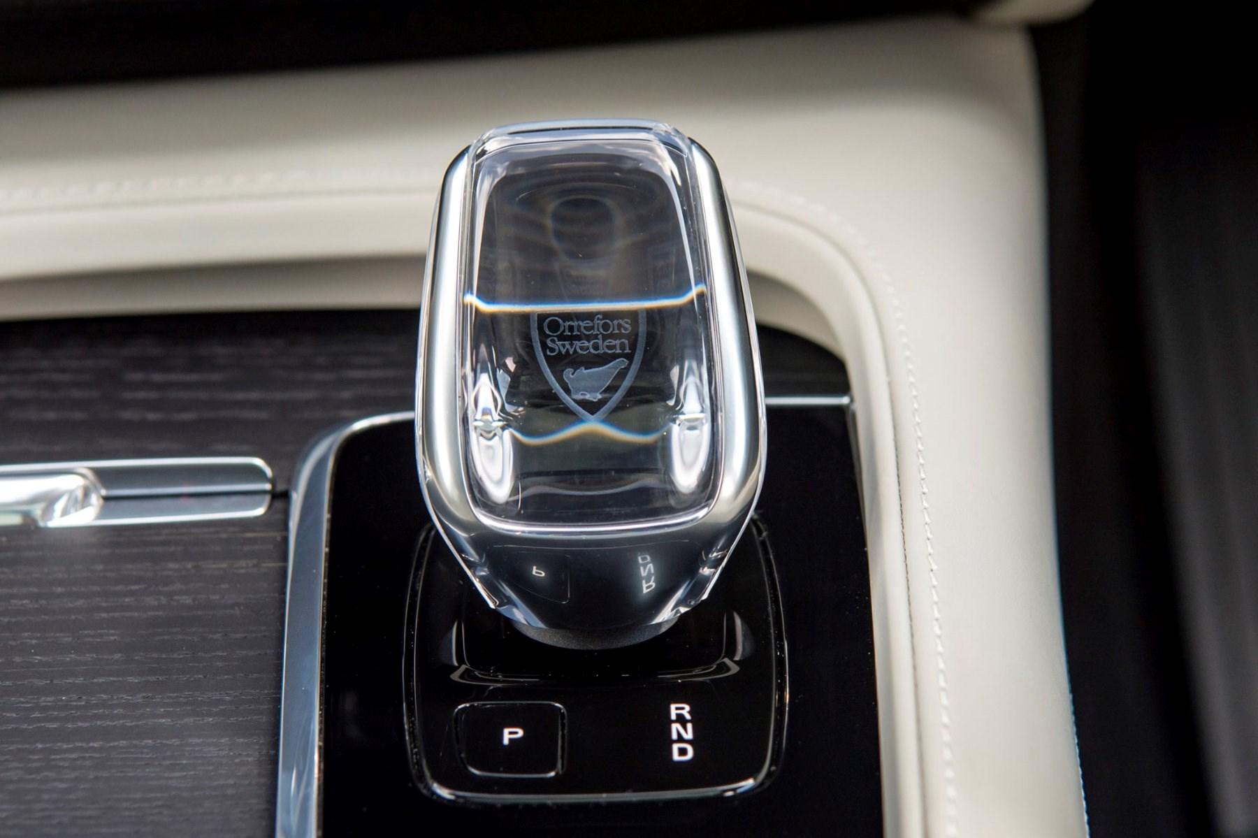 Volvo crystal