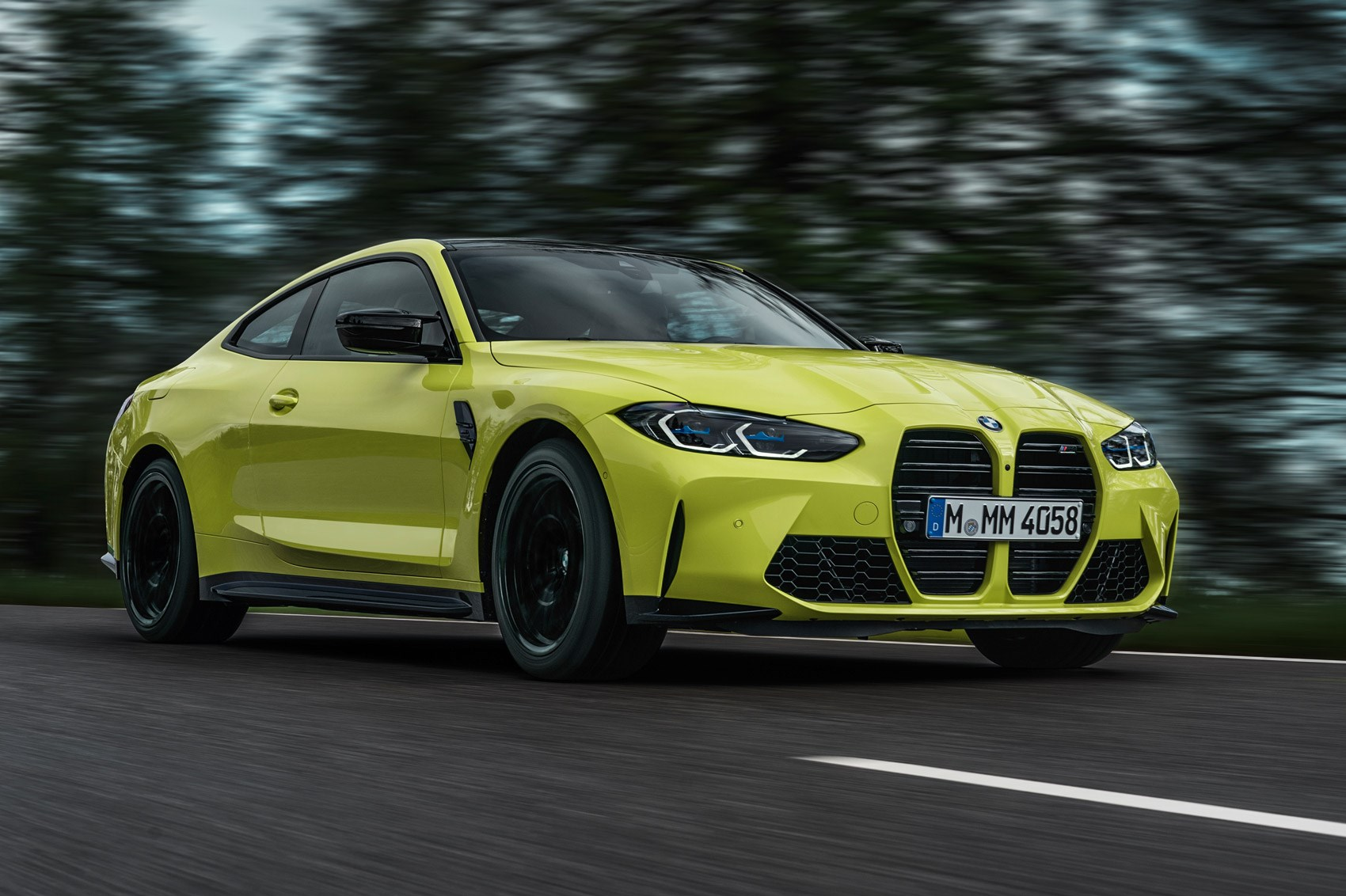2020's BMW M4 coupe arrives with optional all-wheel drive ...