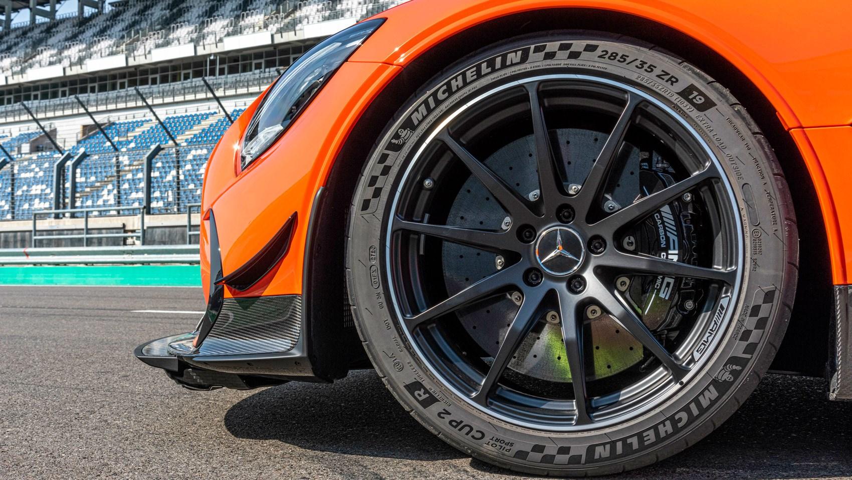 amg black tyre
