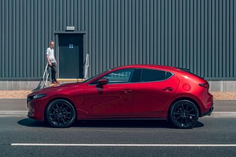Mazda 3 ltt side